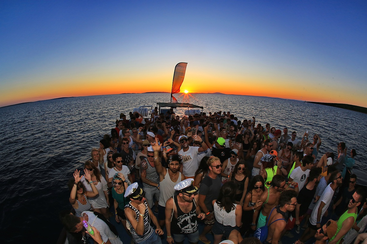 sonus boat party2